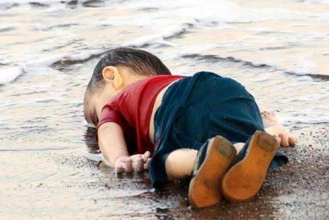 Hey! Duyan Var mı? 15 yılda 10 Milyon Müslüman katledildi