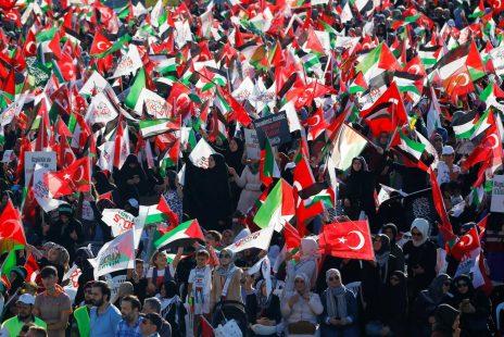 Türkiye'den Filistin'e giden ilk gönüllüler