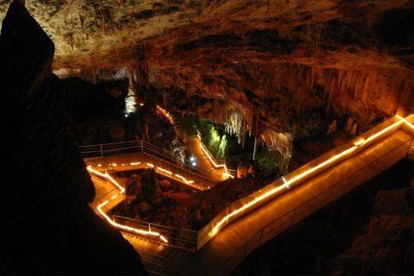 İmam Gazâli ile Mağarada